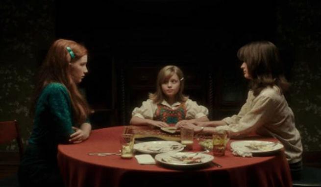 Cr ticas cr tica de ouija el origen del mal de mike - La tavola ouija film ...